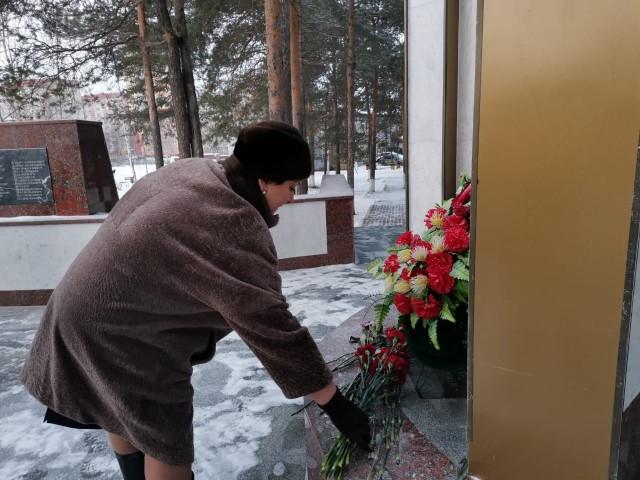 В поселениях Сургутского района прошли митинги памяти Неизвестного солдата