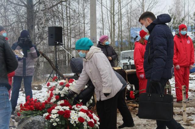 В Высоком Мысе заложили памятник жертвам политических репрессий